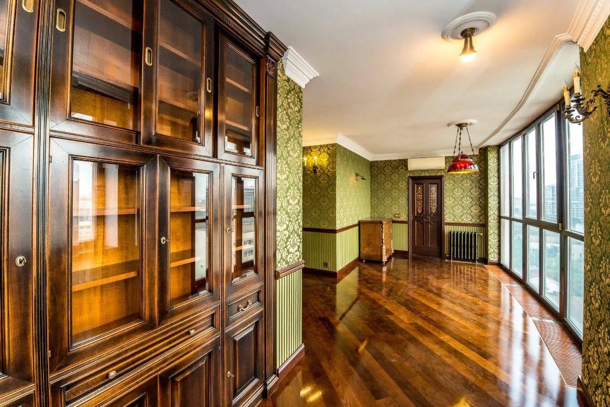 Респектабельная квартира в духе старой Англии