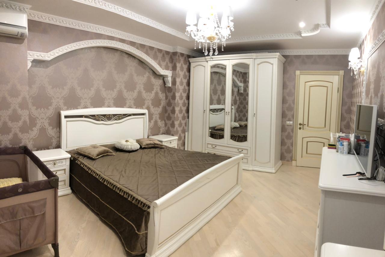 Двухкомнатная квартира на Кубанонабережной